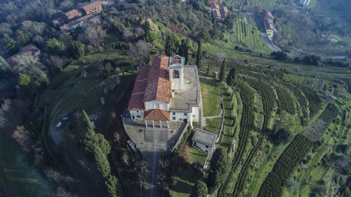 Recensione DJI Mavic Pro-camera mavic-drone 4k-marco posern-lago garlate-mavic pro dimensioni -radiocomando-dimensioni piccolo-hovering test-foto mavic pro