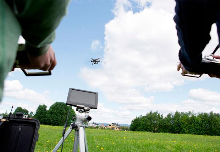 bambini droni-pilotaggio minorenni sapr