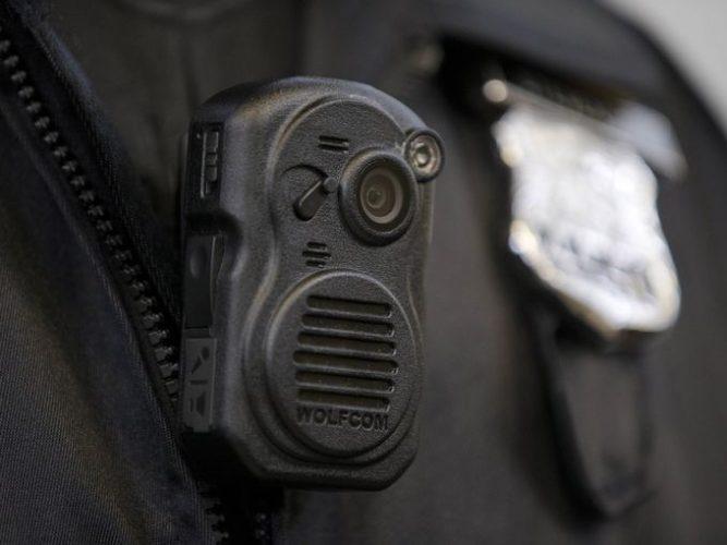 agenti polizia action cam-bergamo action cam polizia-riprendere crimini