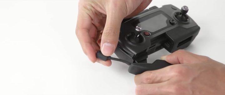 Come sostituire il cavo del radiocomando nel drone DJI Mavic Air