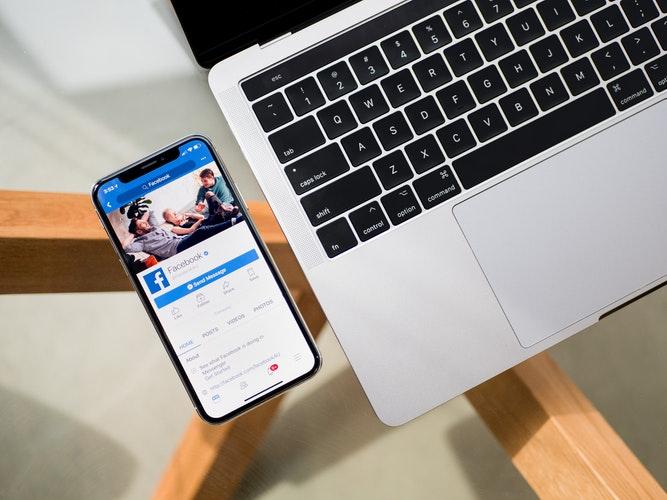 Creare album Facebook senza pubblicarlo