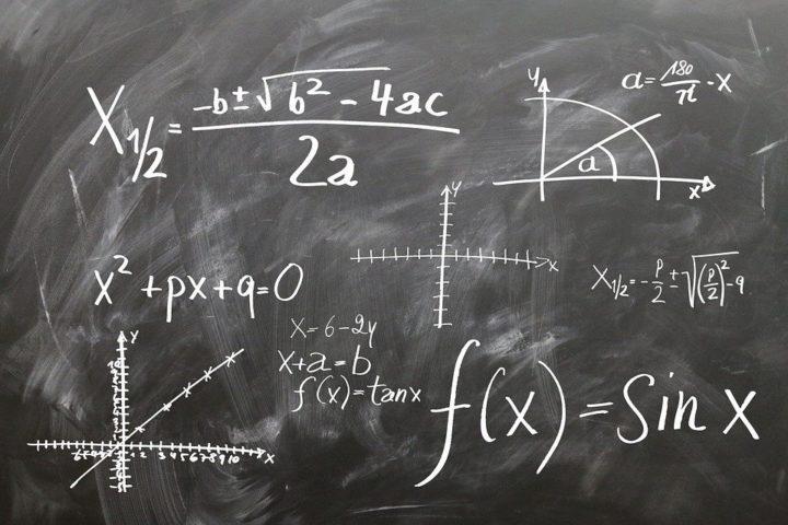 siti per risolvere equazioni online