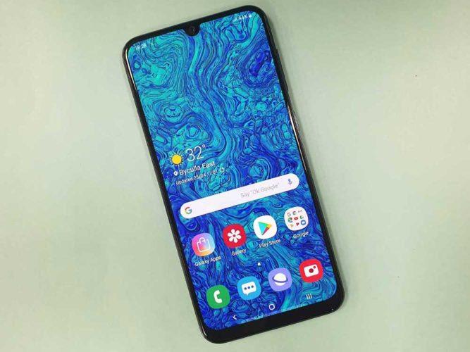 migliori smartphone 300 euro 2020 -3