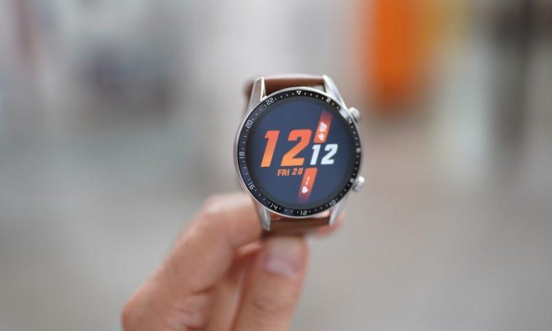 migliori smartwatch 2020 sotto i 300 euro -2