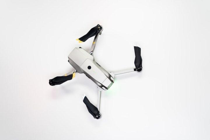 Migliri droni con fotocamera -pexels-cottonbro-3945684